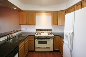 1617 Cliffside NW Kitchen